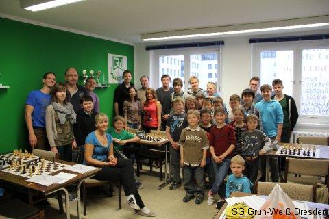Unsere Kinder und Jugendlichen mit unseren Trainern